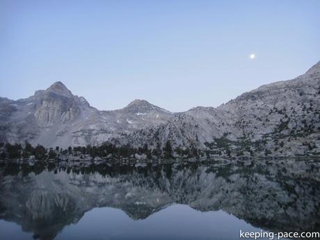 Just before sunrise at Rae Lake